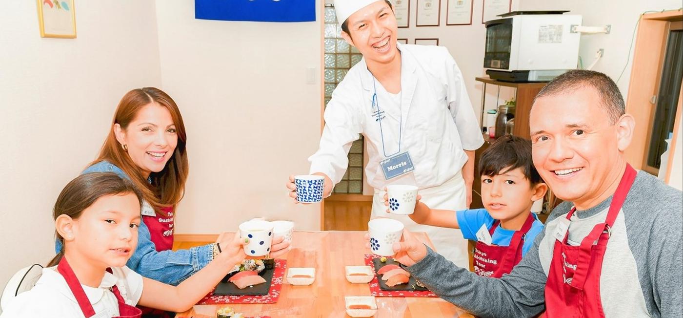 少人数観光客向け寿司作り体験教室