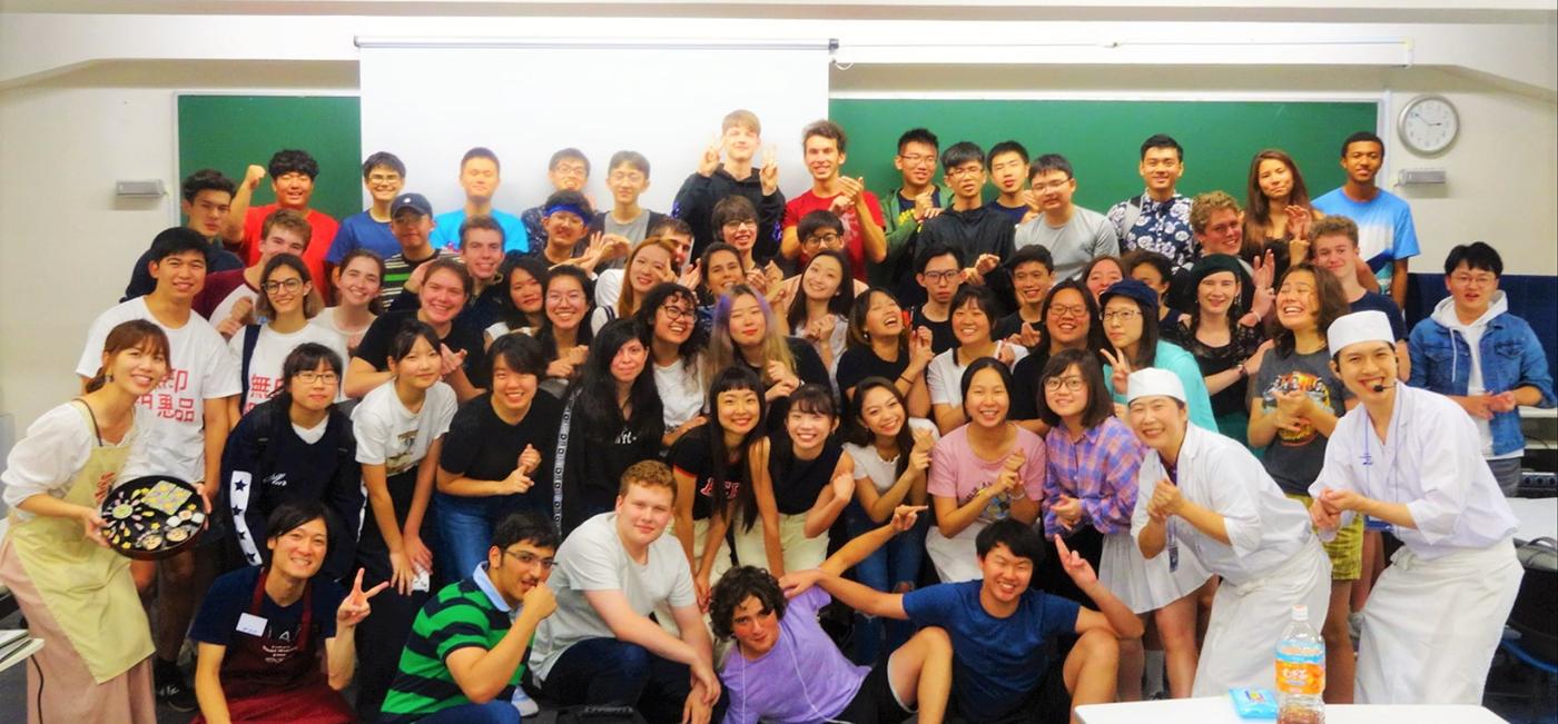 団体観光客向け寿司作り体験教室